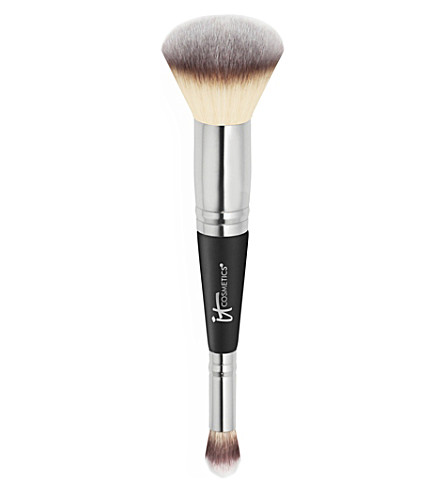 Heavenly Luxe Complexion Perfection Brush by It Cosmetics