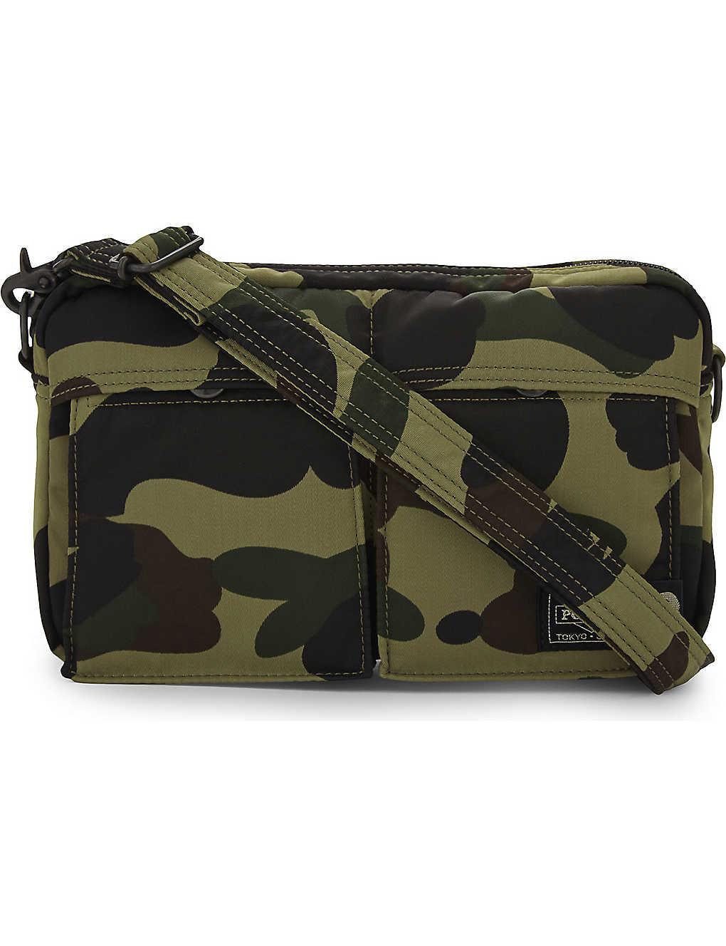 890d7689e485 A BATHING APE - Camo print shoulder bag