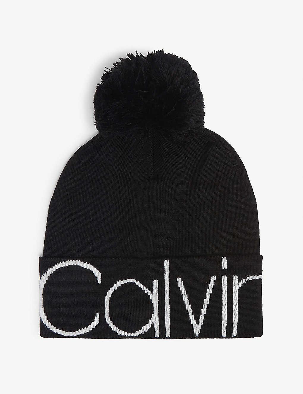 460c9c3d38e CALVIN KLEIN JEANS - Pompom knitted beanie