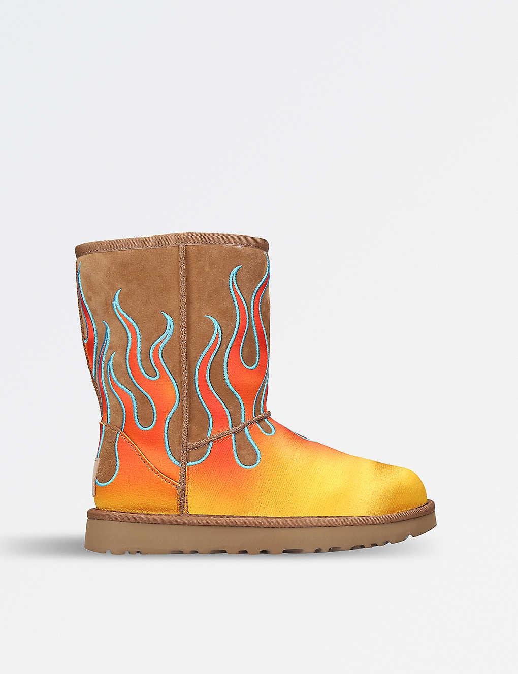 b9f86d9794e5 UGG - UGG x Jeremy Scott Flame-motif classic short sheepskin boots ...