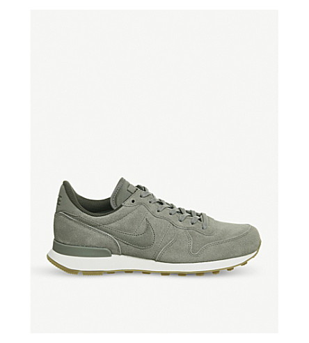 nike trainers internationalist