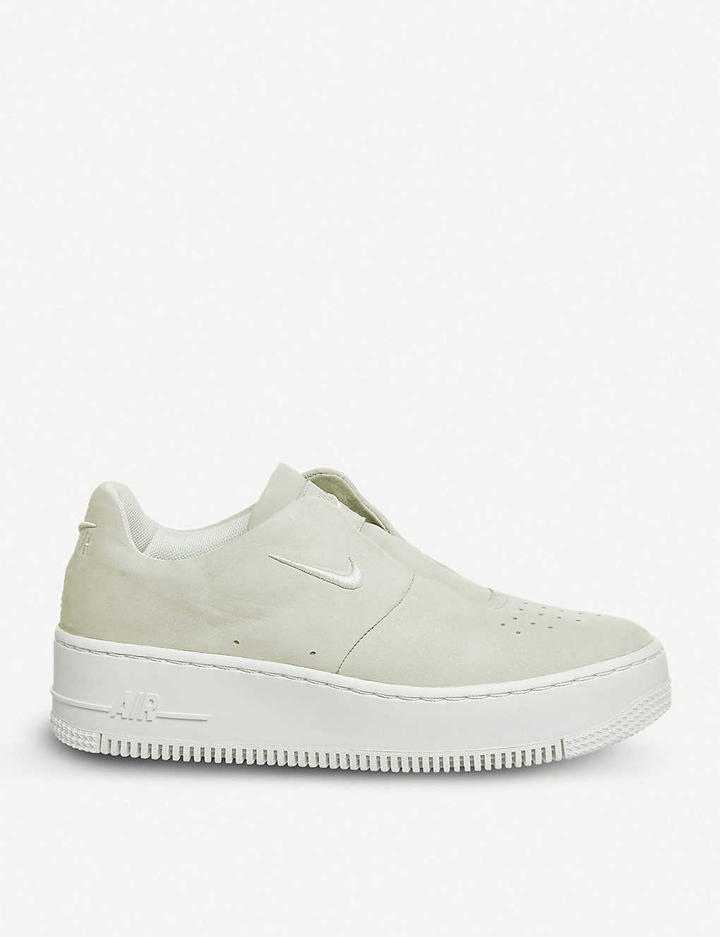 e3a1eef4cb1 NIKE - Air Force 1 Sage XX suede trainers