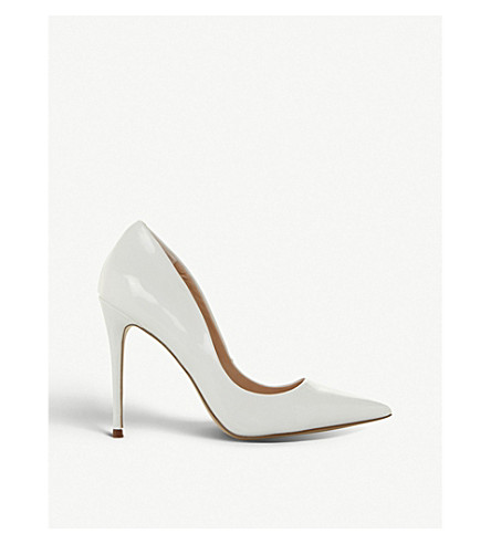 Daisie Pointed Toe Stiletto Heel Courts by Steve Madden
