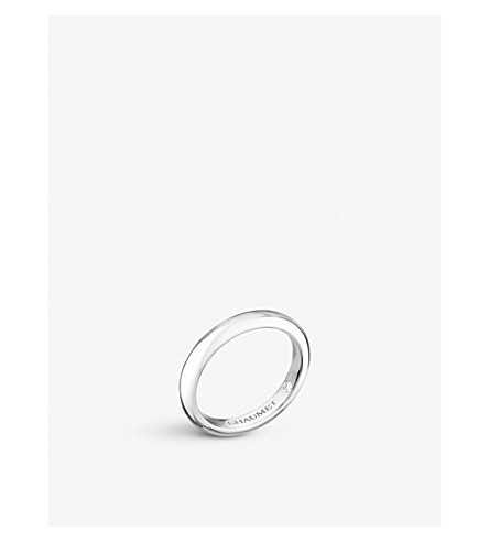 Les Eternelles Classiques Platinum Secret Diamond Wedding Band by Chaumet