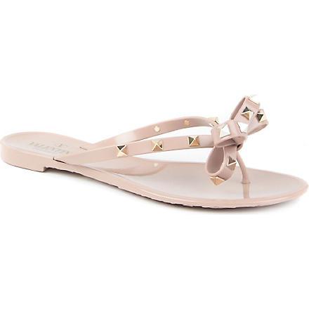 VALENTINO Rockstud rubber sandals (Nude