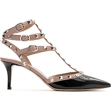 VALENTINO Rockstud patent leather courts (Blk/beige