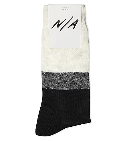 N/A Textured cotton-blend socks (Black+white