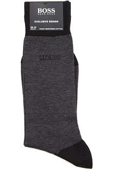 HUGO BOSS Tonal-striped socks