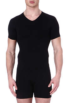 SPANX Zoned performance v–neck undershirt