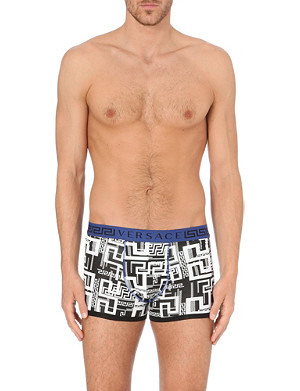 VERSACE Greco print trunks
