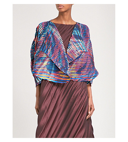 ISSEY MIYAKE Double Stream pleated jacket (Red+multi