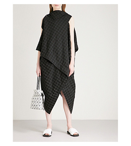 ISSEY MIYAKE Checked textured dress (Black