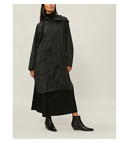 Manchester Great Sale For Sale ISSEY MIYAKE Hooded shell coat Black Lowest Price Cheap Online YR3In0Y