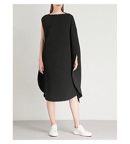 ISSEY MIYAKE Sun pleated dress (Black