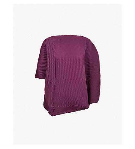 ISSEY MIYAKE Asymmetric pleated top (Bordeaux