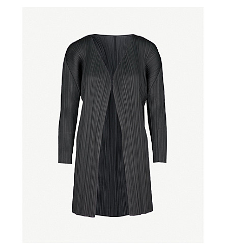 PLEATS PLEASE ISSEY MIYAKE Basics pleated coat (Black