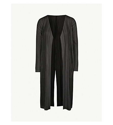 PLEATS PLEASE ISSEY MIYAKE Longline pleated coat (Black