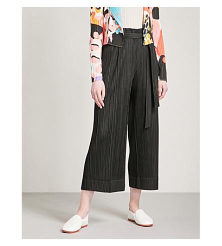 PLEATS PLEASE ISSEY MIYAKE Self-tie tapered pleated trousers (Black