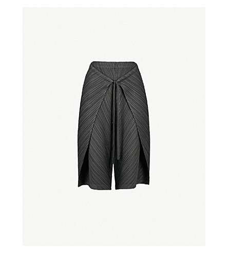 PLEATS PLEASE ISSEY MIYAKE Thick Bounce Wrap pleated trousers (Black