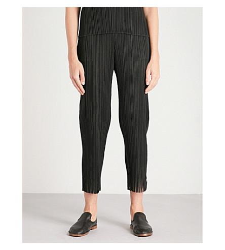 PLEATS PLEASE ISSEY MIYAKE Fringed-hem cropped pleated trousers (Black
