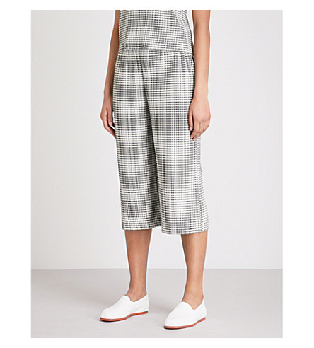 PLEATS PLEASE ISSEY MIYAKE Gingham-pattern cropped pleated trousers (Biege