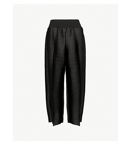 PLEATS PLEASE ISSEY MIYAKE Edgy Bounce straight cropped pleated trousers (Black