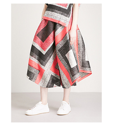 PLEATS PLEASE ISSEY MIYAKE Union Block wide-leg cropped pleated trousers (Pink+block