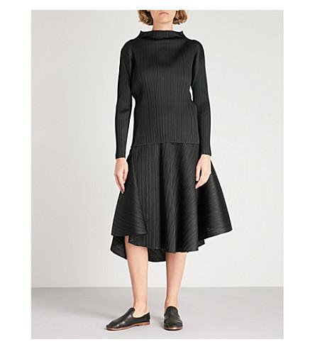 PLEATS PLEASE ISSEY MIYAKE Asymmetric pleated skirt (Black
