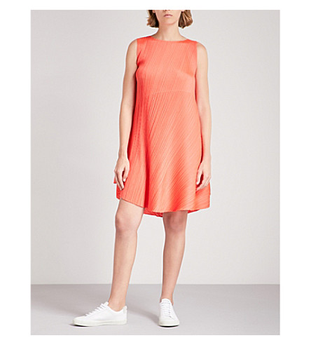 PLEATS PLEASE ISSEY MIYAKE Asymmetric pleated dress (Coral