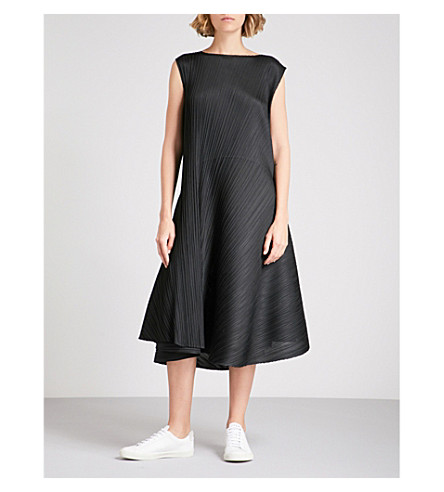 PLEATS PLEASE ISSEY MIYAKE Flared-hem pleated dress (Black