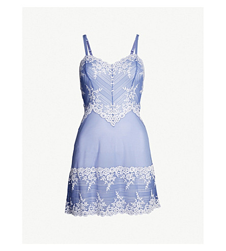 WACOAL Embrace Lace stretch-lace chemise (Bleached+denim+white