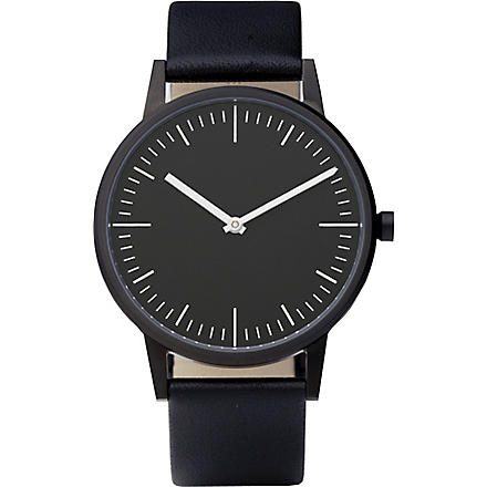 UNIFORM WARES 150 Series wristwatch (Black