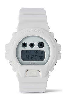 G-SHOCK DW6900WW Whiteout watch