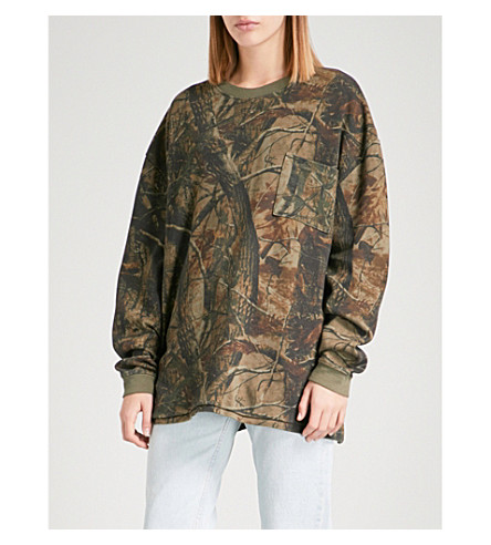 YEEZY Season 5 camouflage cotton-jersey sweatshirt (Cpn21+wolves