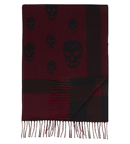 ALEXANDER MCQUEEN Large skull print wool and cashmere-blend shawl (Black+bordeaux