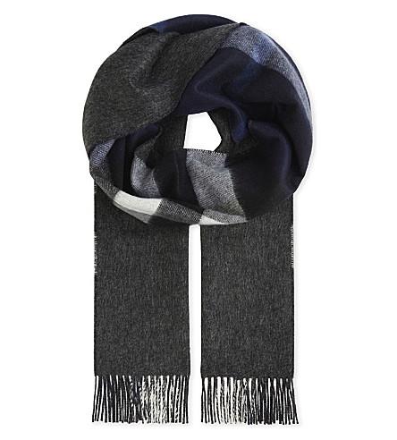 BURBERRY Half Mega reversible cashmere scarf (Indigo+blue