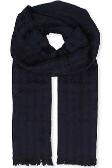 HUGO BOSS Houndstooth wool scarf