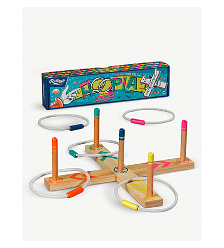 WILD AND WOLF Wooden Hoopla ring toss game