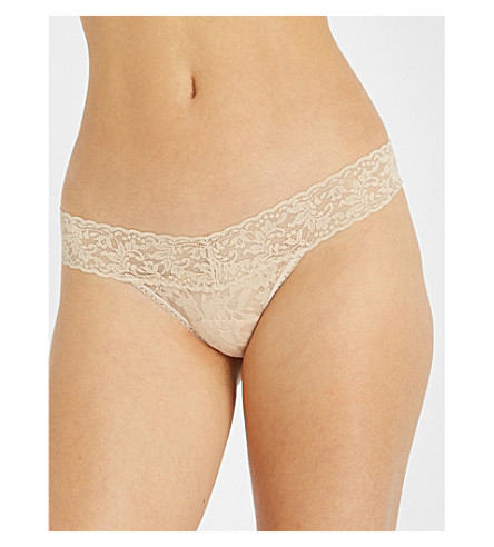 HANKY PANKY Signature stretch-lace low-rise thong (Chai