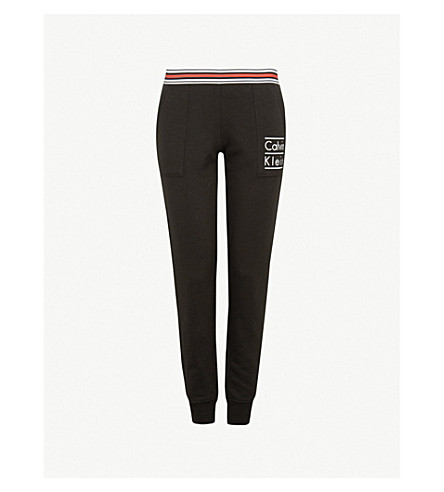 CALVIN KLEIN 现代棉平纹针织棉慢跑裤 (001 + 黑色 + (堆叠 + 徽标)