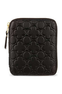 COMME DES GARCONS Zip around embossed leather wallet
