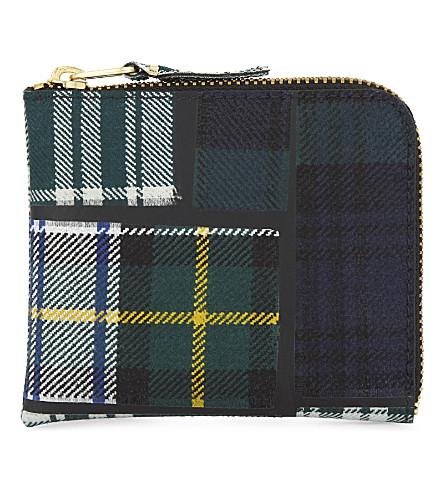 COMME DES GARCONS Tartan zipped wool pouch (Green