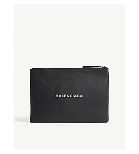 BALENCIAGA Baltimore grained leather pouch (Blk+wht