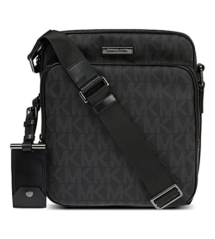 MICHAEL KORS Signature flight bag (Black