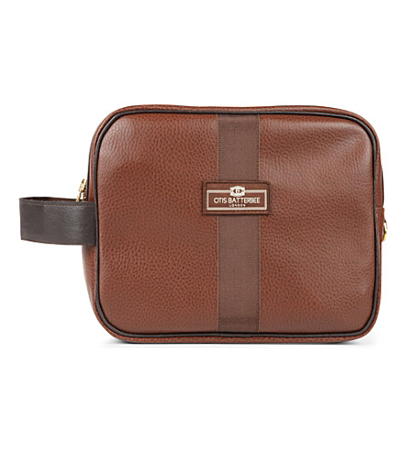 OTIS BATTERBEE LTD Large faux-leather wash bag (Brown