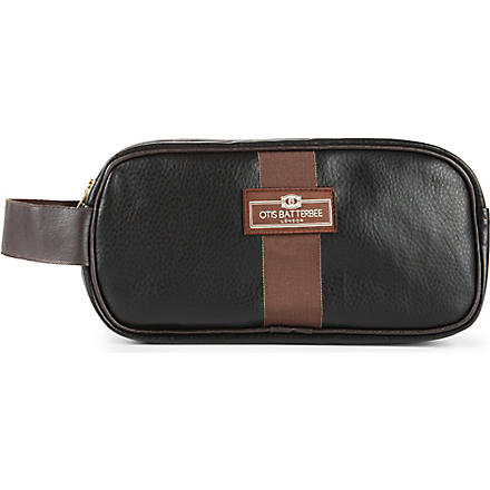 OTIS BATTERBEE Small faux-leather wash bag (Black