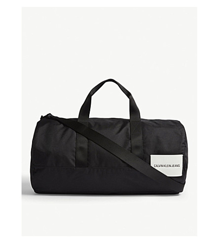 CALVIN KLEIN Calvin Klein sports essential duffle bag Black Fashion Style Clearance Footlocker Finishline New Cheap Price Clearance Websites UaaNEFZp
