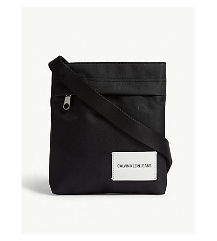 CALVIN KLEIN Logo messenger bag (Black