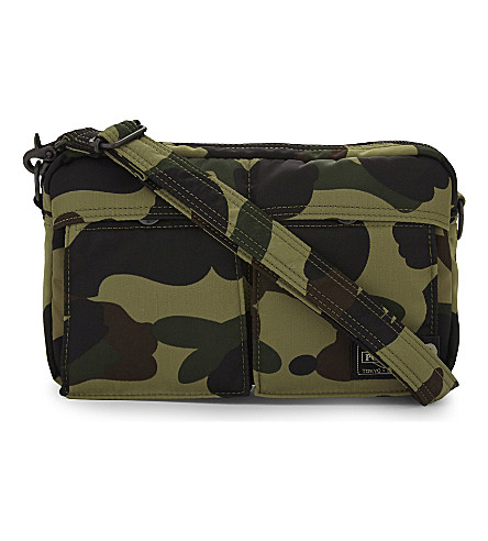 A BATHING APE Camo print shoulder bag (Green