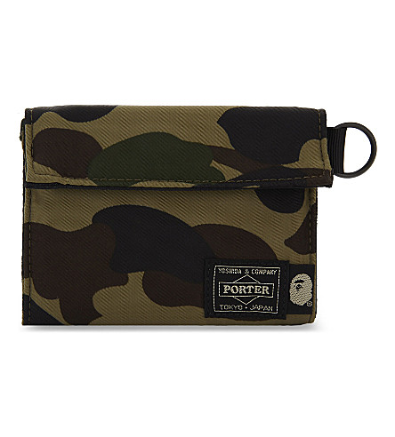 A BATHING APE Camouflage print wallet (Green
